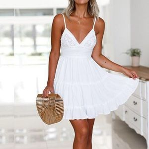 ‫Lace Applique Ruffled Slip Dress